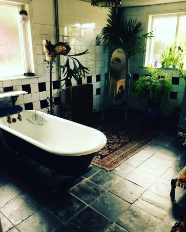 Excuse me whilst I die for this bathroom