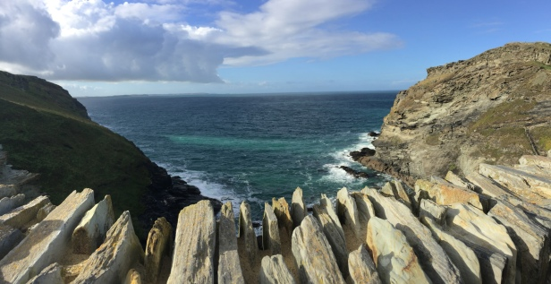 The view from Tingtagel Castle. Shortly before the Cornish tea. Nom